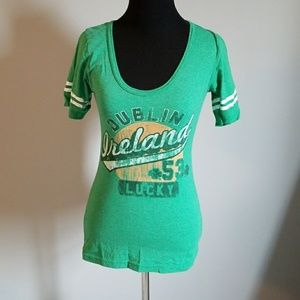 ☘St Patrick's Day t shirt size small☘